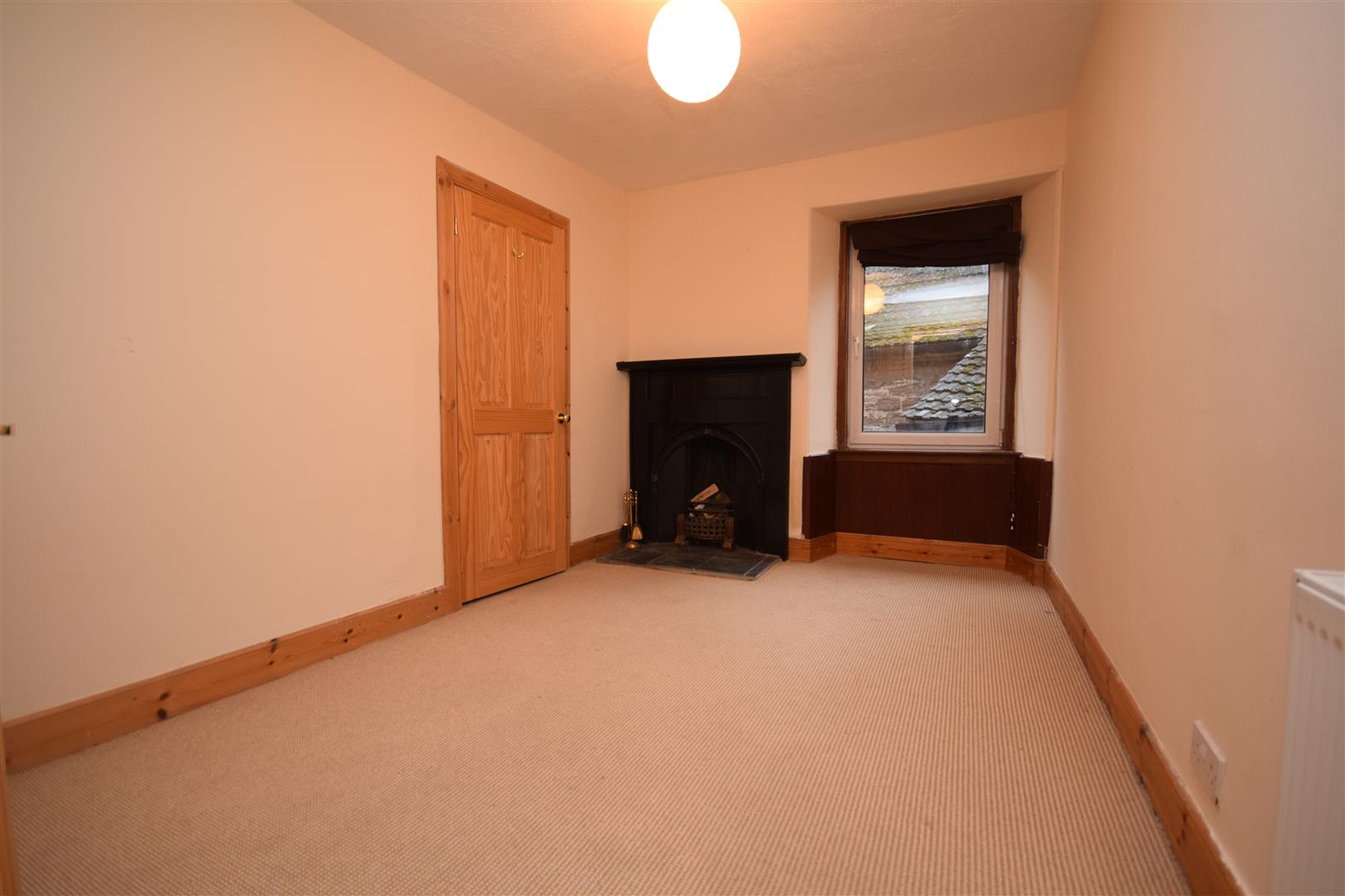 2, Academy Road, Crieff, Perthshire, PH7 4AT, UK